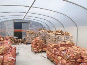 Pengeringan dan tempat penyimpanan kayu